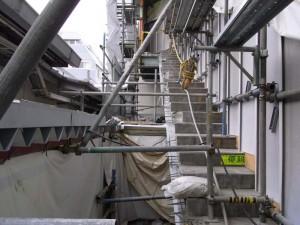 ウォールソーによる階段切断
