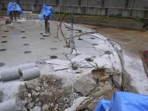 タンク基礎解体
