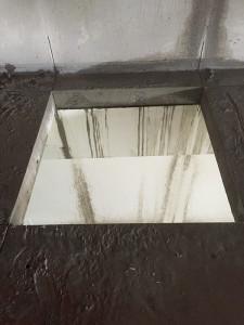 床の開口部