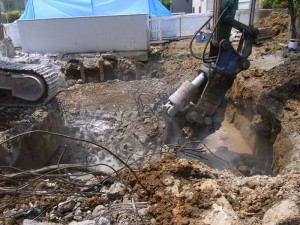 ニブラによるコンクリート解体