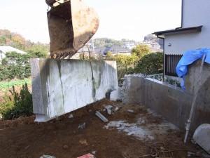 コンクリートの壁を切る02
