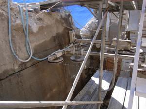 コンクリートの切断方法
